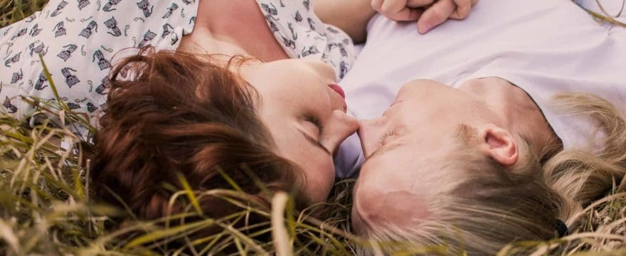10-things-happy-couples-do-differently